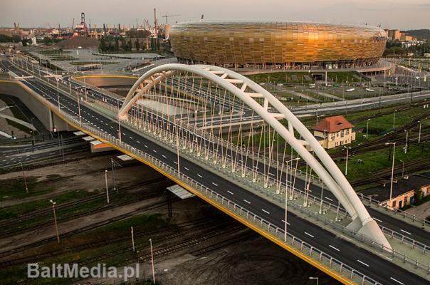 Infrastruktura drogowa, ul. Uczniowska, PGE Arena